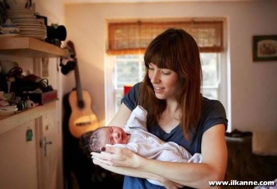 1 Günlük Bebek ve Annesi