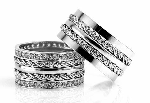 2014 Beyaz Altından Zincirli Nişan Yüzüğü Modeli