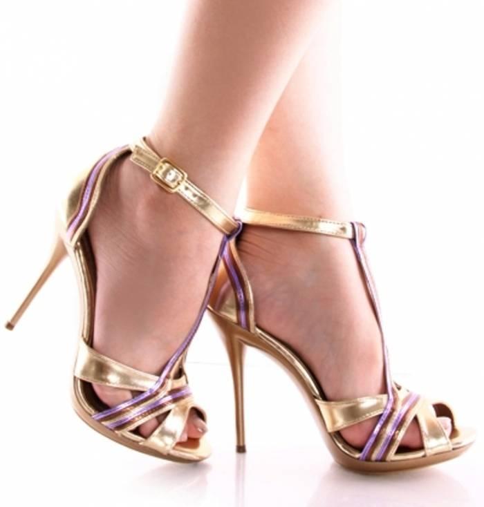 2014 Yazlık Bayan Topuklu Ayakkabı Modelleri