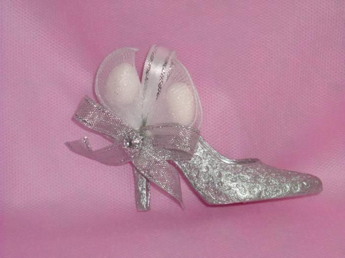 Ayakkabı Şeklinde Değişik Nikah Şekeri Modeli