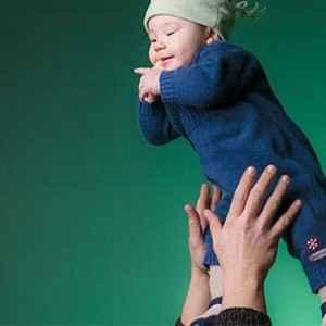 Bebeğini Havaya Atarak Seven Ebeveynlerin Dikkatine!-f1