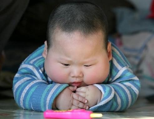 Bu Bebek Çok Şişman Ama Çok Tatlı