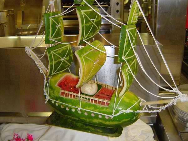 Karpuzdan Gemi Yapma Sanatı