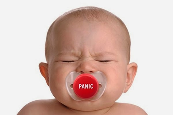 Panik düğmeli komik emzik
