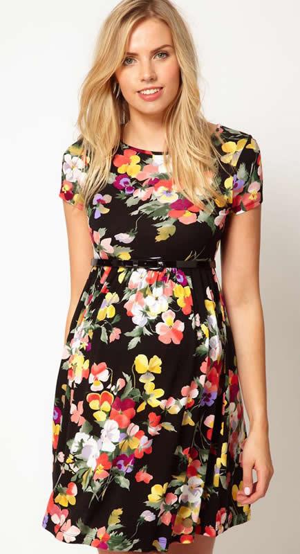 Siyah Renkli Çiçek Desenli Hamile Elbisesi Modeli