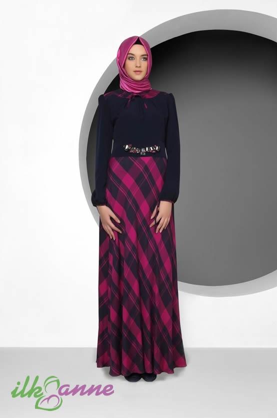 Siyah ve Fuşya Renklere Sahip Tekbir Elbise Modeli 192 TL