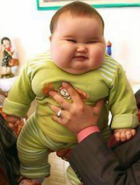 Tatlı ve Tombul Şişman Bebek